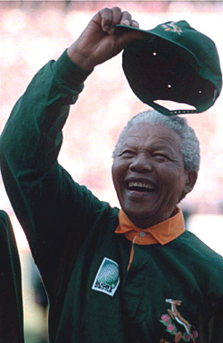 Madiba-at-Rugby-World-Cup-1995